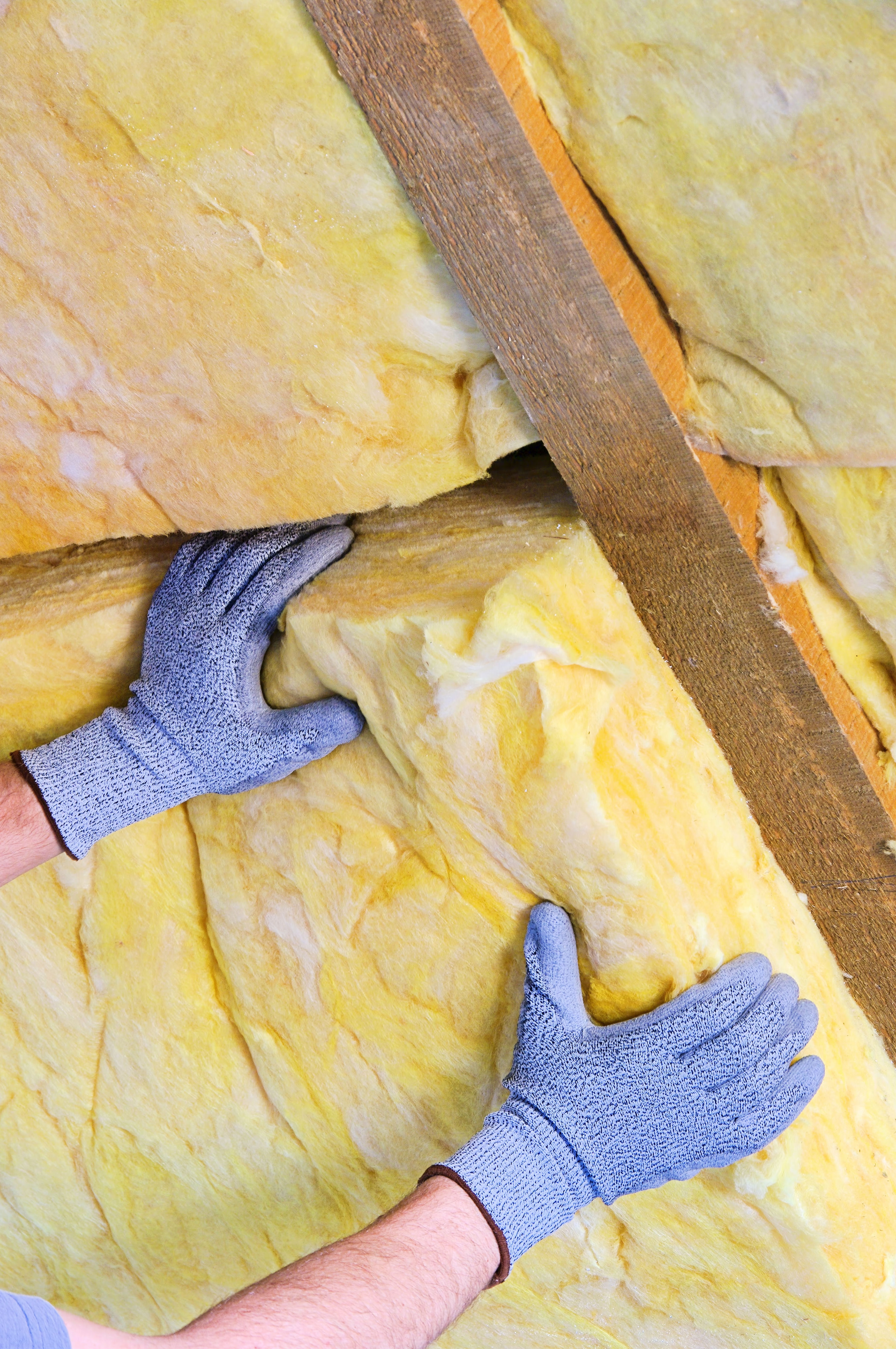 Retrofitting insulation in external walls building for Mineral wool blanket insulation